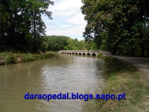 Canal_midi_dia_03_17.JPG