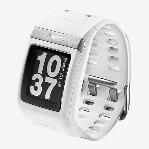 Nike-SportWatch-GPS-with-Sensor-Powered-by-TomTom-