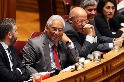 xxi governo no parlamento.jpg