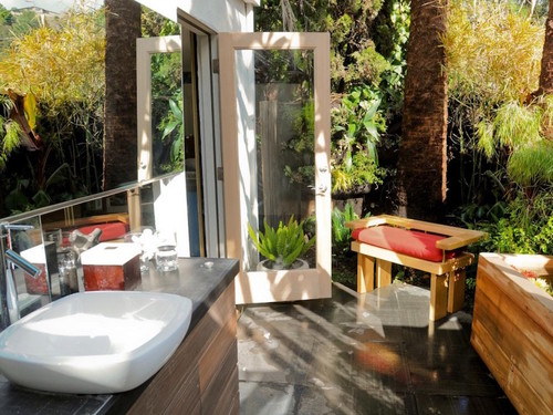 10-Amazing-Tropical-Bath-Ideas-to-Inspire-You-10.j