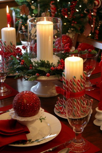 Christmas-Dinner-Table-Decoration-Ideas-with-Candl