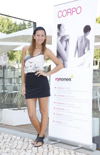 Vanessa Oliveira 27