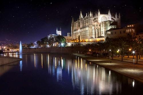 Catedral de Maiorca, nas Ilhas Baleares.jpg