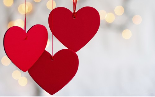 0 - Three-red-hearts-symbol-of-love_5120x3200.jpg