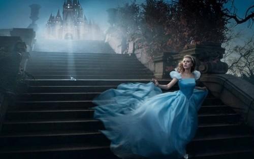 763263954-lily-james-vive-princesa-cinderella-no-f