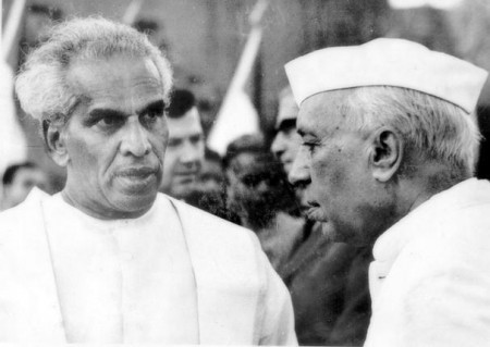 Menon e Nehru.jpg