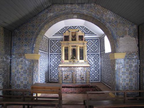 Revestimento cerâmico da Capela de Nossa Senhora da Luz, Castelo de Vide