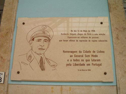 Placa Homenagem Humberto Delgado