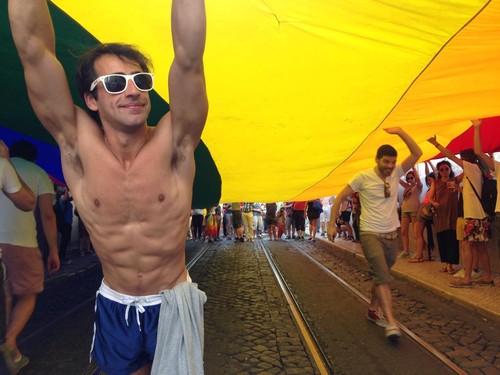 Marcha Orgulho LGBT Lisboa 2015 - dezanove 21.jpg