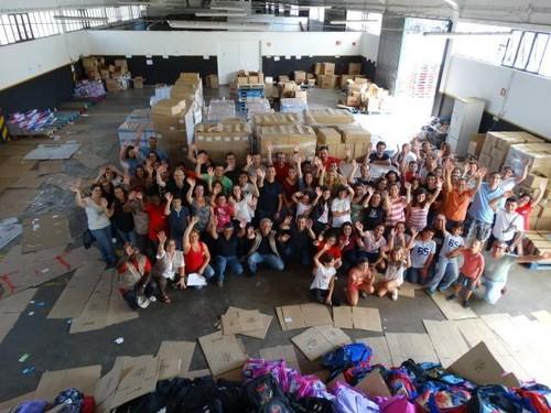 Campanha de Solidariedade Escolar a Dobrar AMI - Auchan