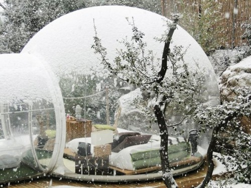 Stunning-Bubble-Hotel-France.jpg