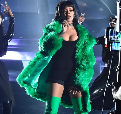 Rihanna-Stole-Bitch-Better-Have-My-Money.jpg
