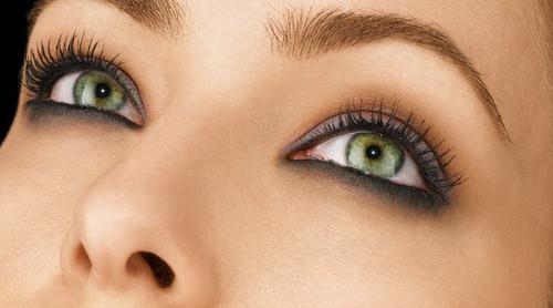 Olhos-Maquiagem-01.jpg