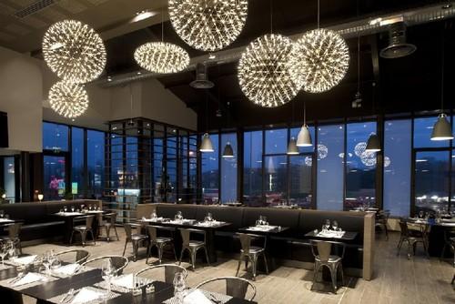 31-marcel-wanders-Sas-Paddel-Restaurant-mooi-table