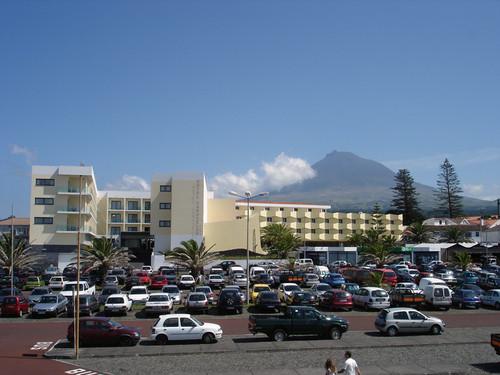 Vista para Hotel e Montanha.JPG