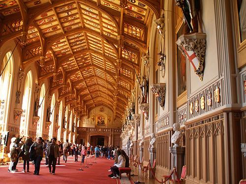 Windsor_Castle_-_St_George's_Hall.jpg
