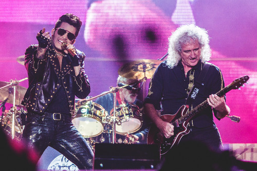 Queen+Adam_RockinRIo2015_2.jpg