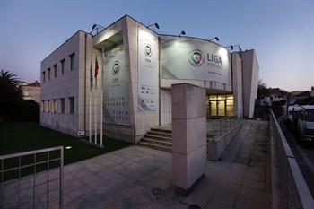 RS2528_2011-03-21-edicio_sede_da_Liga_Portuguesa_d