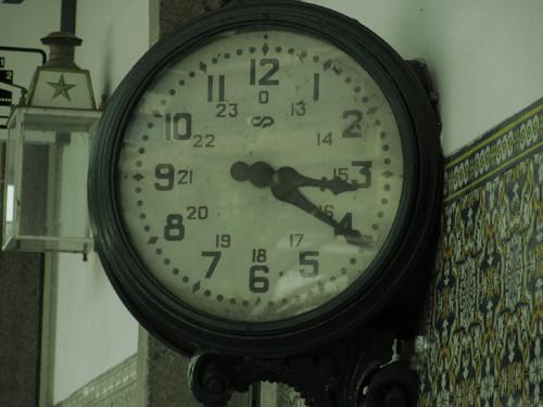Relógio antigo - Estação da Régua.JPG