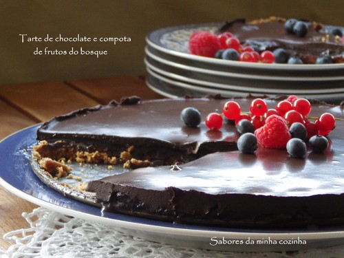 IMGP4012-Tarte de chocolate e compota de frutos do