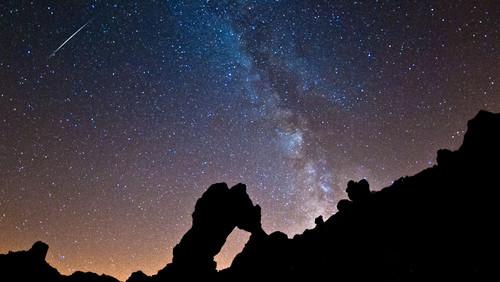 perseid-meteor-shower-2012-roberto-porto.jpg