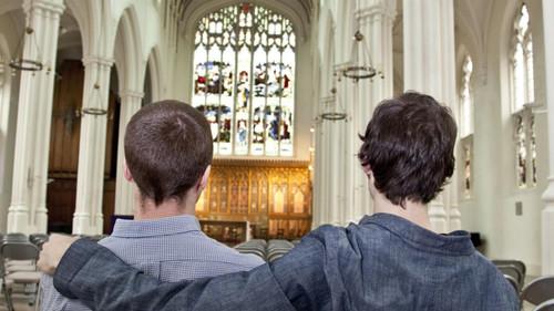 IgrejaGay.jpg