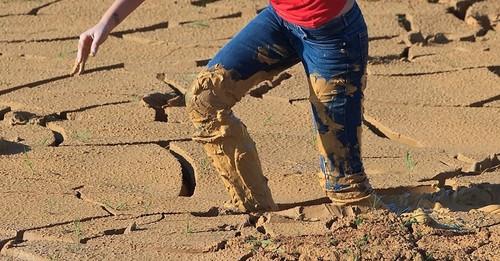 stuck_in_mud_2_004.jpg