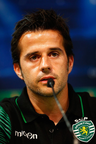 Marco+Silva+Chelsea+FC+Training+Session+RpgOfb0hSP