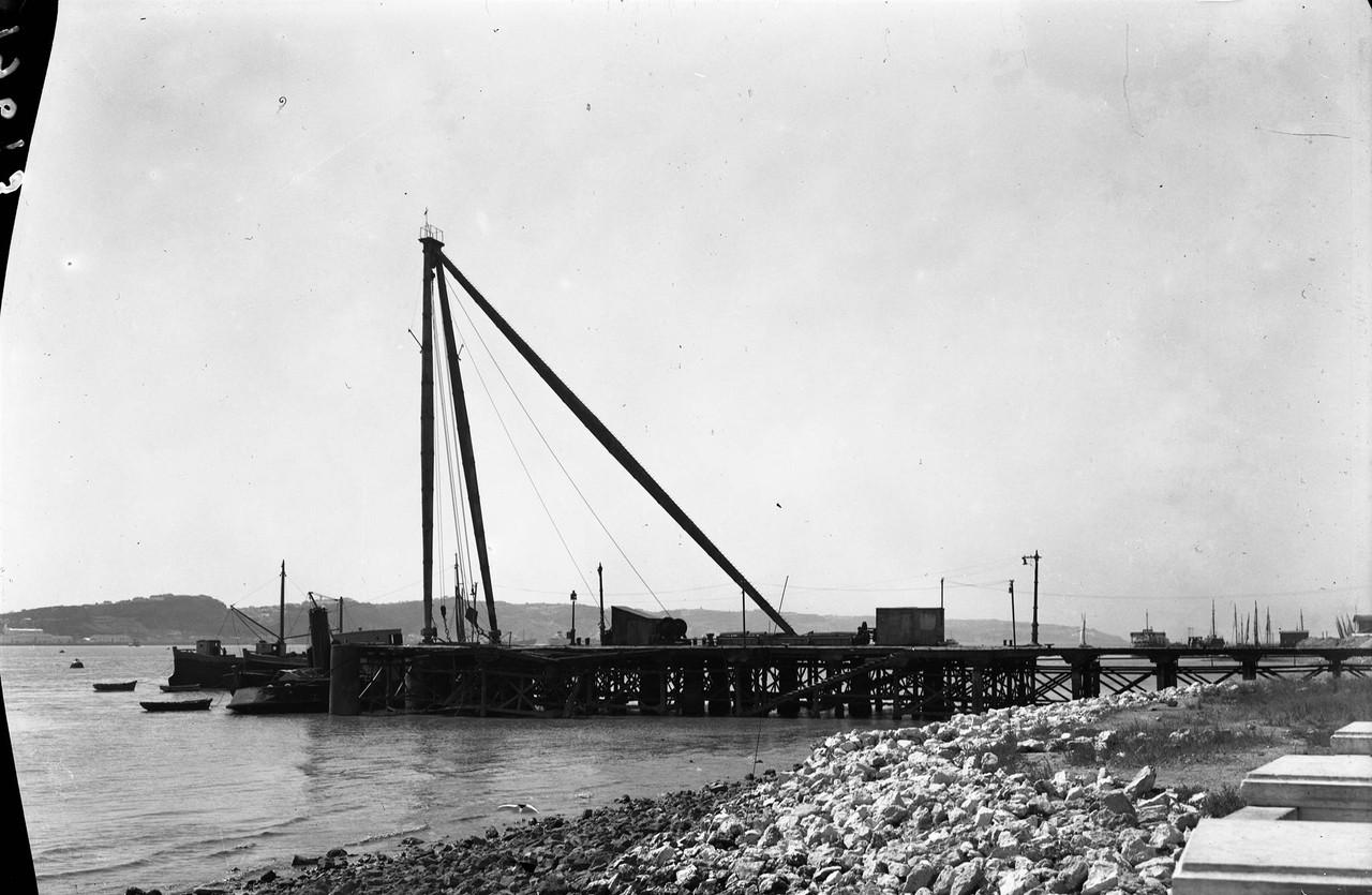 Arsenal de Marinha, ponte da cábria, edu.jpg