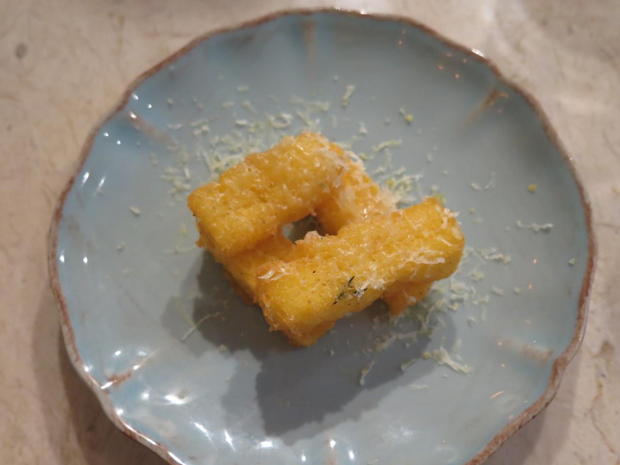 Milhos fritos com Queijo da Ilha de São Jorge