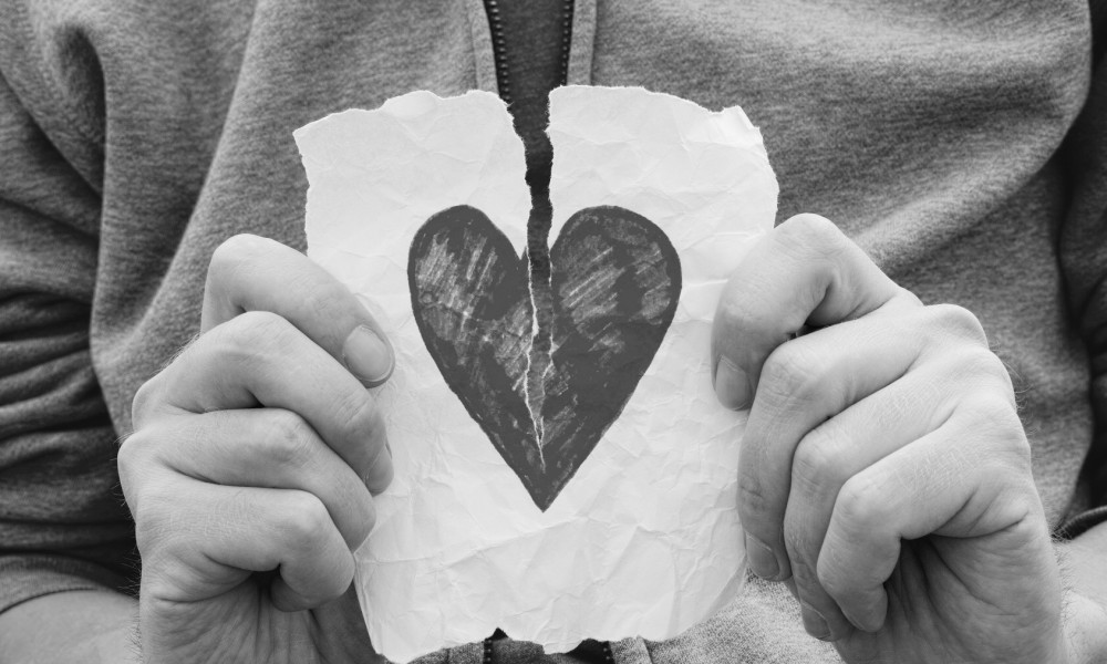 broken-heart-relationship-1000x600.jpg