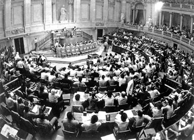 assembleia constituinte 1975.jpg