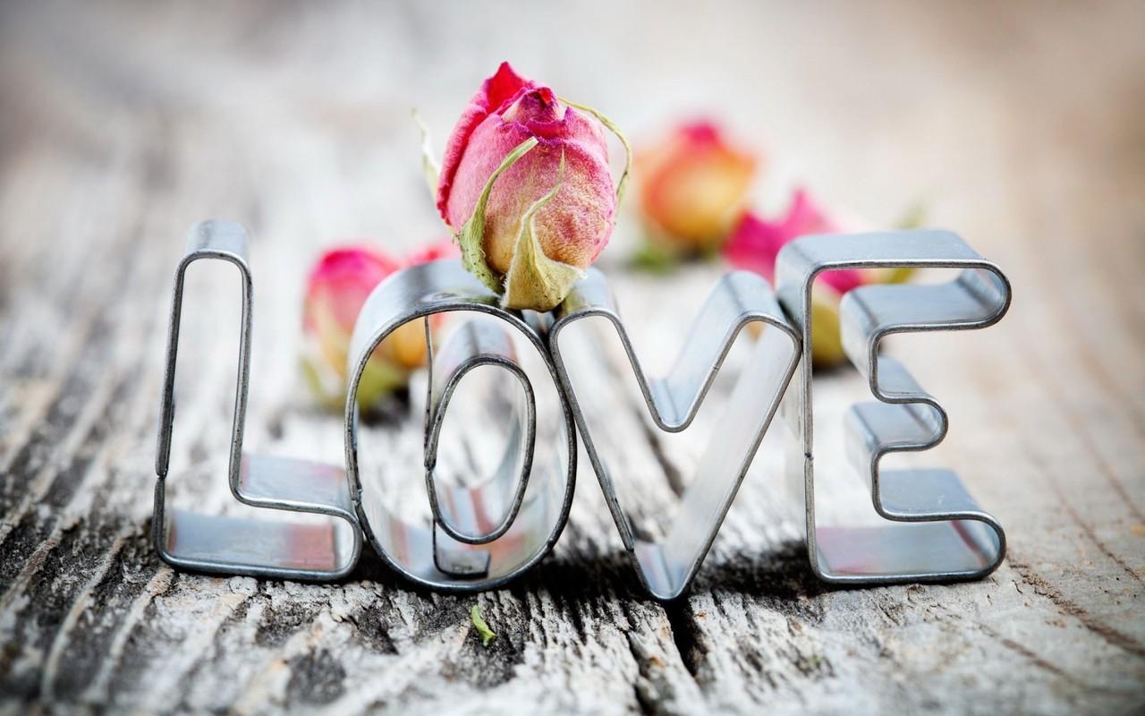 6970236-love-feelings.jpg
