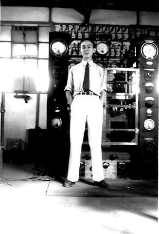 Emissor onda curta radiotelegrafia 1945