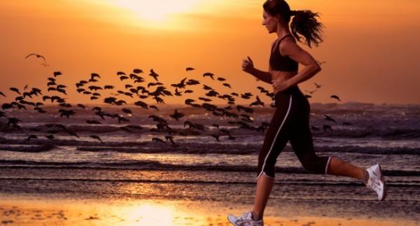Correr-na-praia.jpg