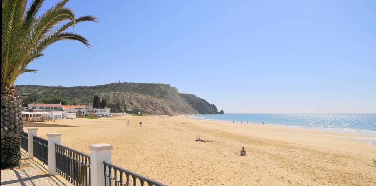 Praia-da-Luz-Frente.jpg