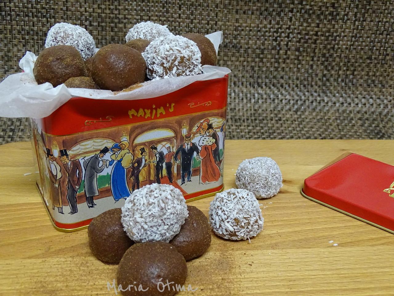 Bonbons de amêndoa_Maria Òtima1.jpg