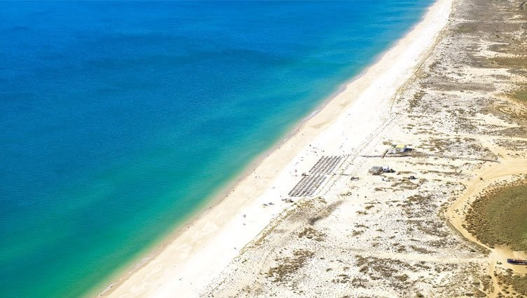praia estreita.jpg