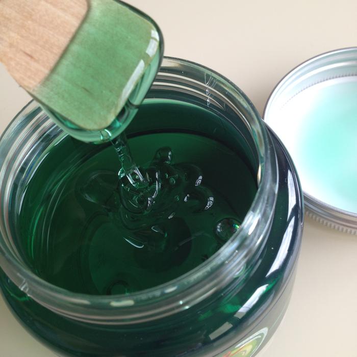 THE-BODY-SHOP_Glazed-Apple-Bath-Jelly.png