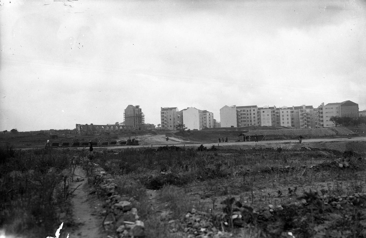 Areeiro visto da quinta do João do Outeiro, Lisboa (E. Portugal, 1945)