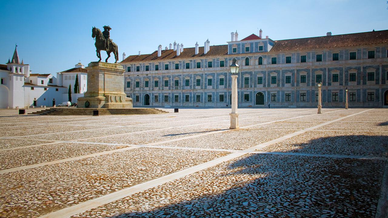 Palácio de Vila Viçosa © João M. Pereirinha