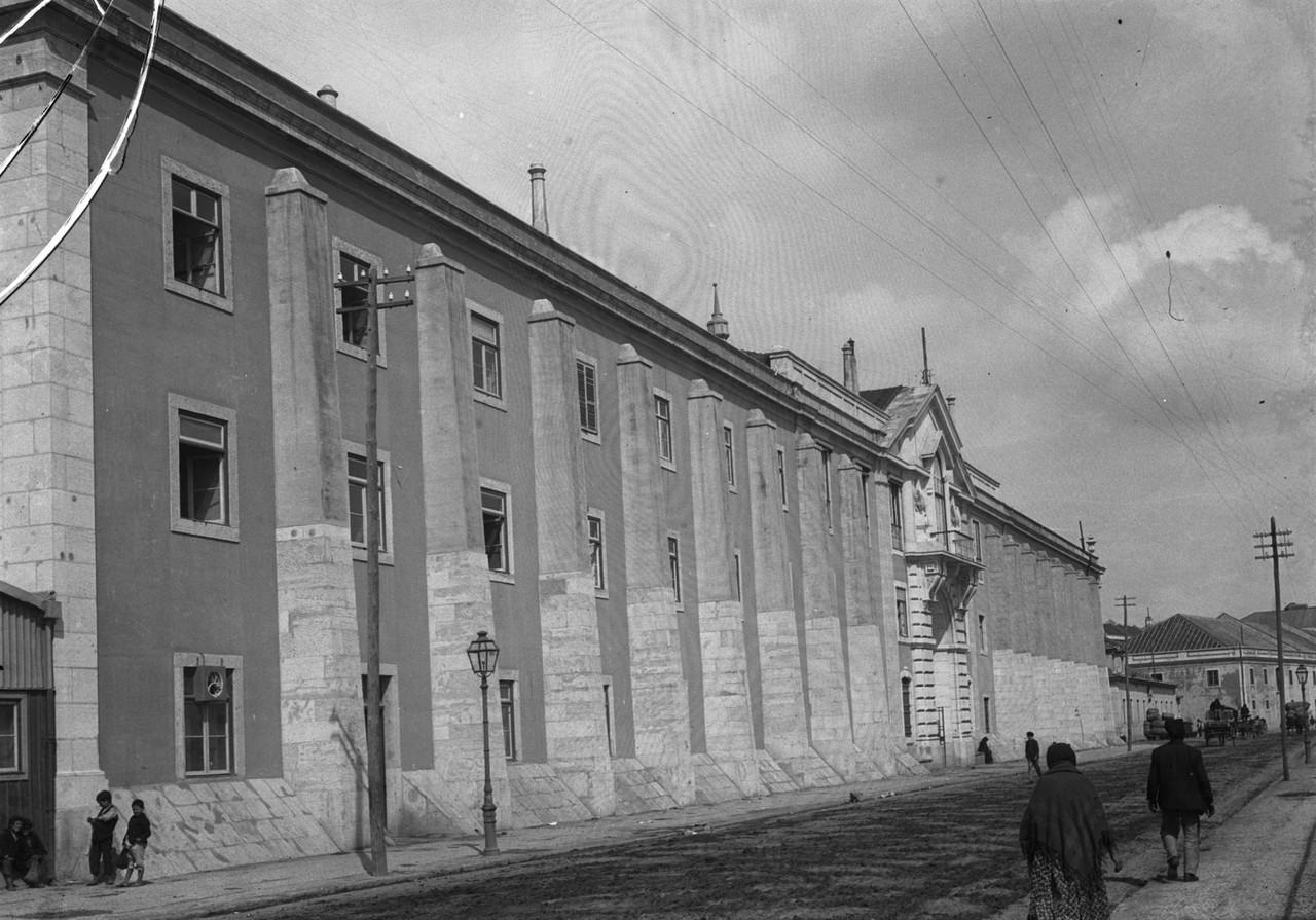 Edifício da Alfândega, fachada para a antiga rua