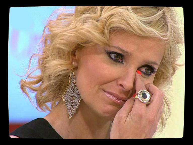 Cristina Ferreira a chorar