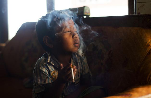 criancas-fumantes3.jpg