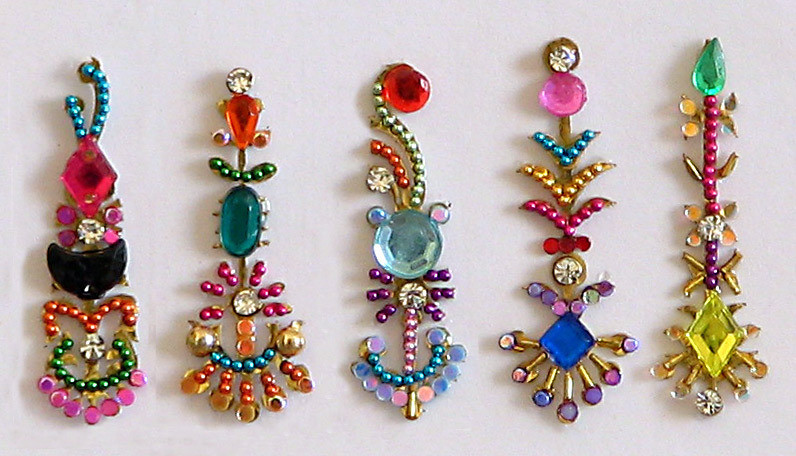 joyous-spring-multicolor-long-bindis-AC83_l.jpg