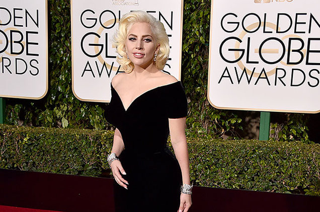 Golden-Globes-2016-Arrivals-Lady-Gaga-Billboard-65