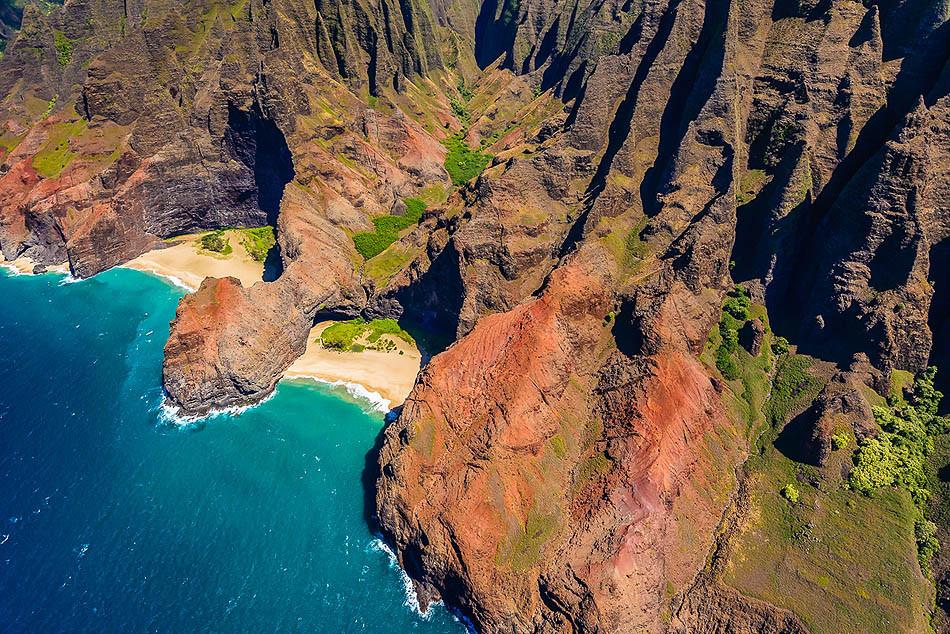 Honopu-Beach-Kauai-Hawaii.jpg