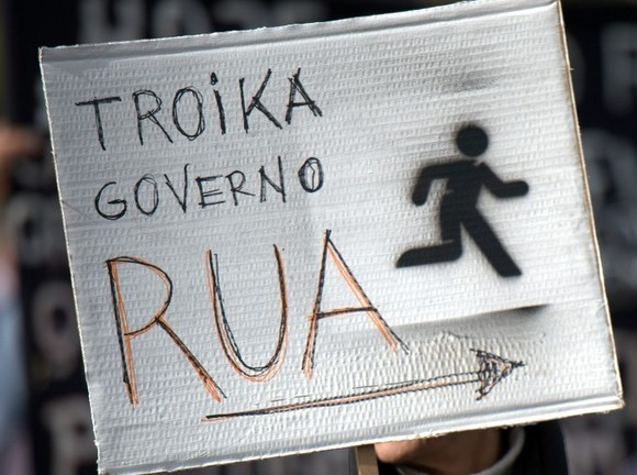 20130302-Troika_government_out-Bloco.jpg