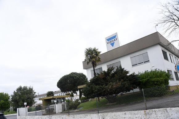 Grupo americano da Vishay produz condensadores de