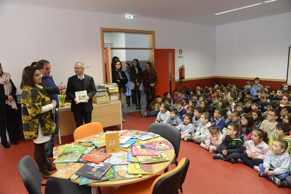 Guimaraes_Centro_Escolar_Ronfe